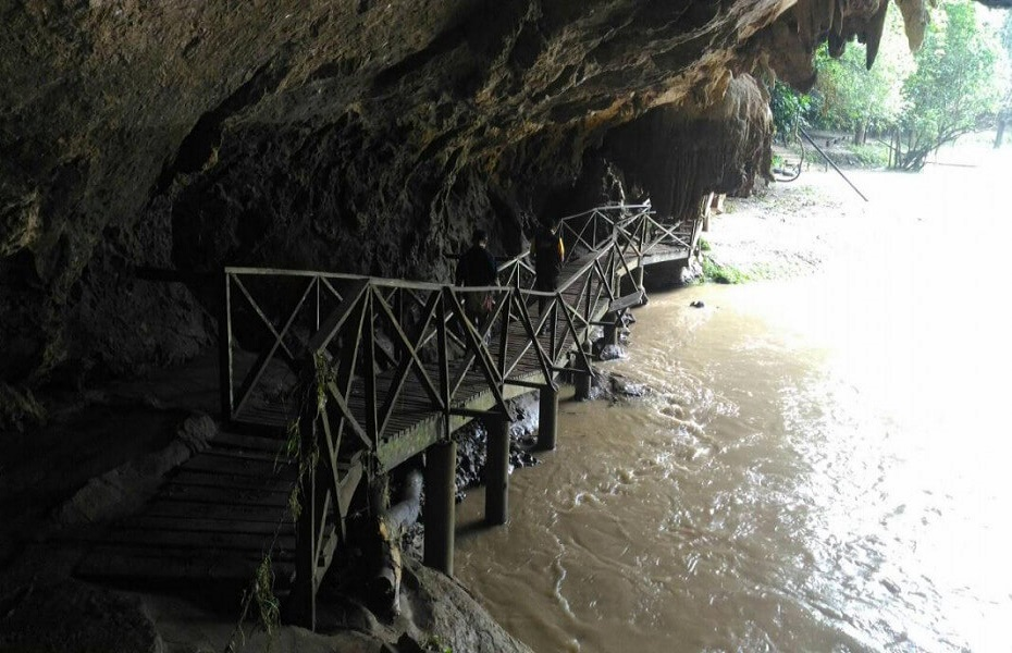Tham Lot Cave near Pai